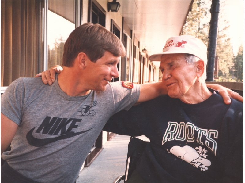 Rick Hansen with Sam Stronge, who encouraged him to play wheelchair basketball