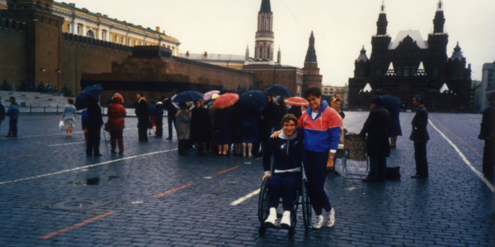 Rick Hansen wheels around Red Square with Amanda Reid in Moscow, Russia